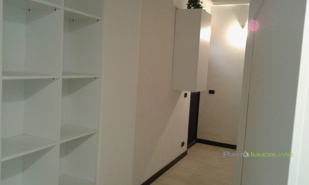 Locale Commerciale Brindisi BR1042665