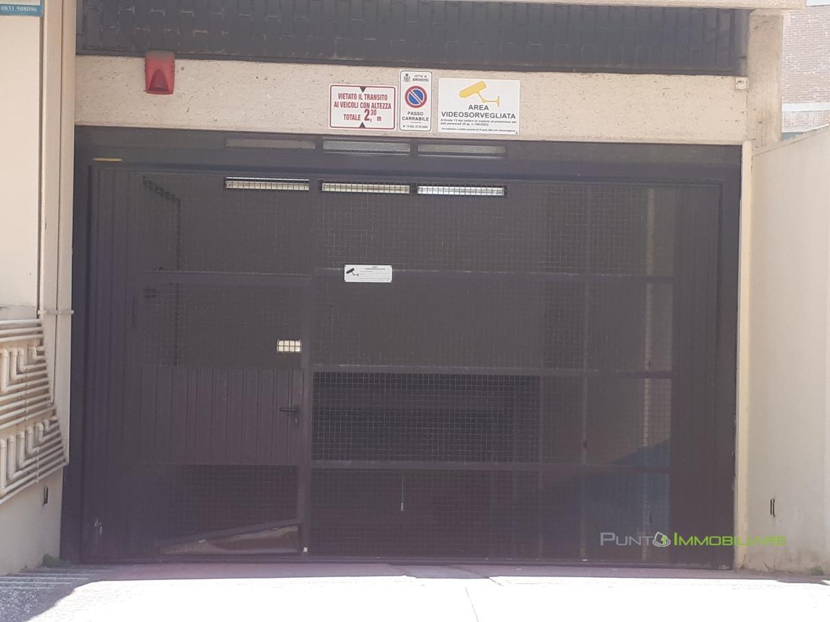 Box/Posto auto Brindisi BR1098039