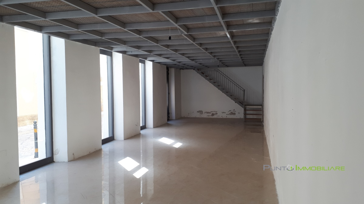 Locale Commerciale Brindisi BR1017450