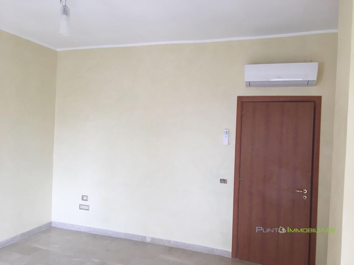 Appartamento Brindisi BR1058078