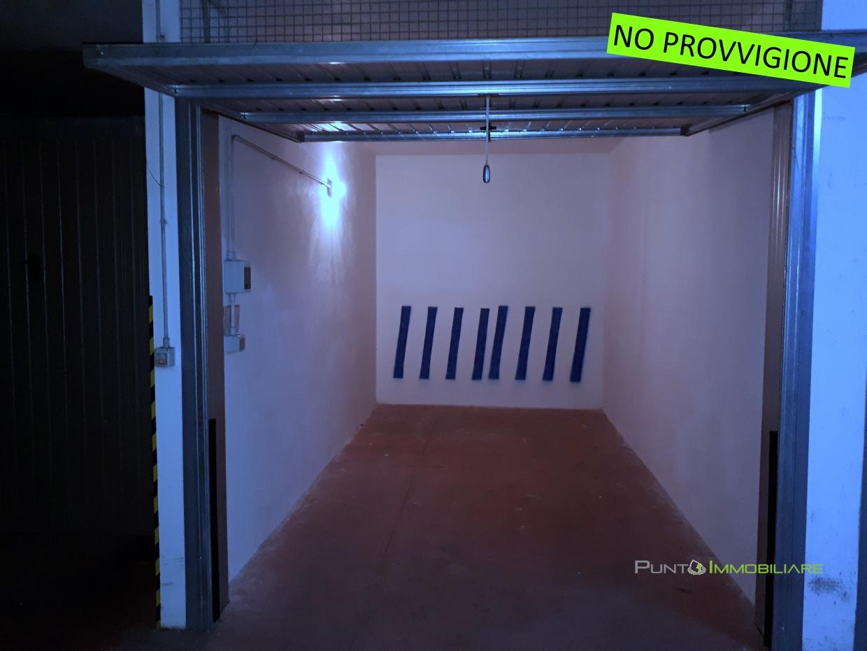 Box/Posto auto Brindisi BR1235369